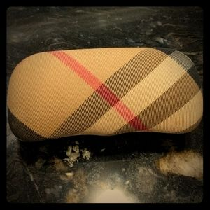 Burberry fabric sunglasses case